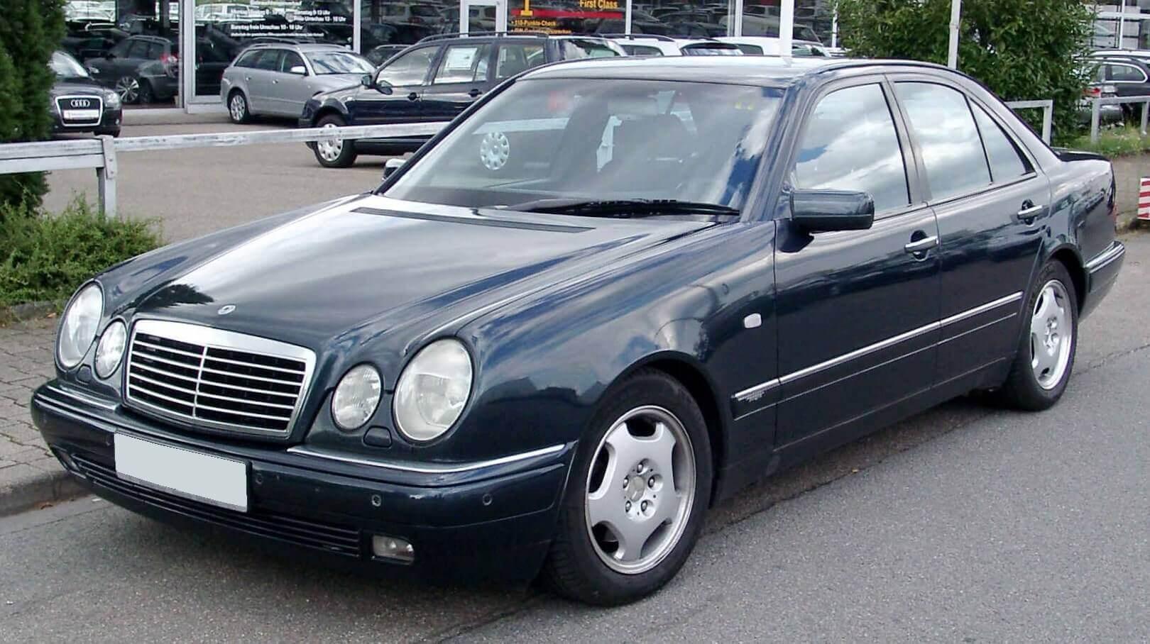 Mercedes Clase E W210 Segunda Generación
